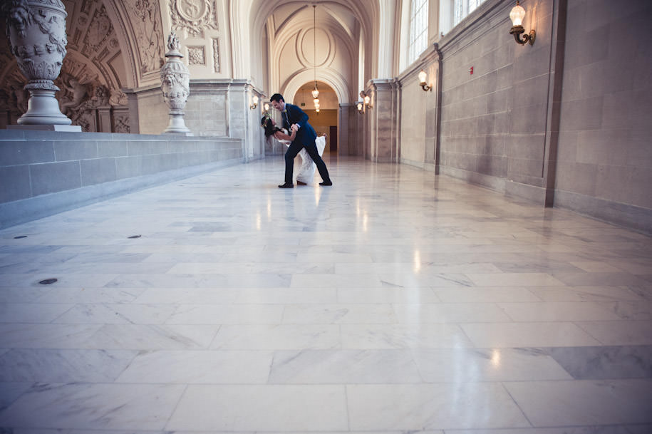 Top San Francisco City Hall Wedding Photographer (30)