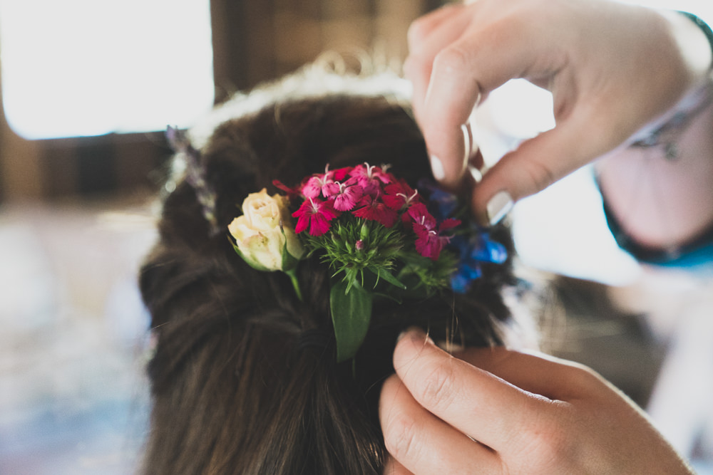 Wildflowers wedding hair piece inspiration